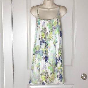 BCBG Generation White/Purple Pleated Dress